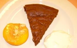 Chocoladetaart en perzik gevuld-1b